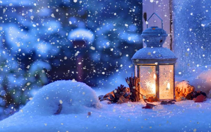 christmas_snow_winter_light_snowflakes_2560x1600_422533.jpg